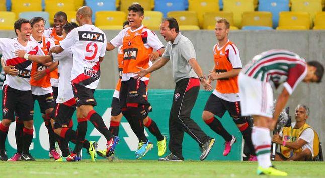 Fluminense 2 x 3 Vitória (por Marcelo Vivone) d199daf3f5200