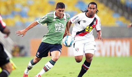 Fluminense-Joinville-Edson-Sergio-LANCEPress_LANIMA20150509_0226_52